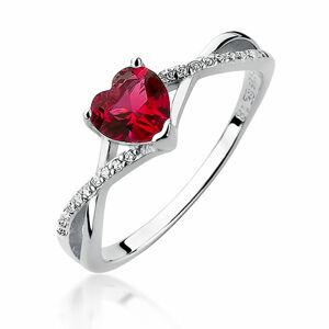 OLIVIE Strieborný prsteň SRDCE RUBY 3635 Veľkosť prsteňov: 7 (EU: 54 - 56) Ag 925; ≤1,8 g.